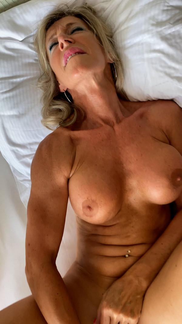 MARINA, THE 59-YEAR-OLD NASTY LADY