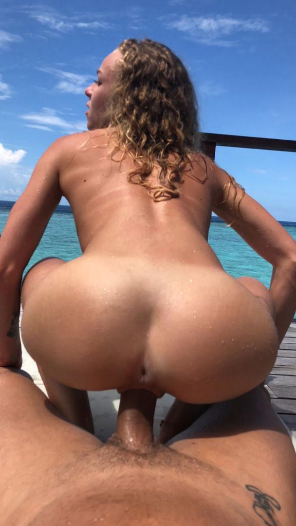 SEA, SEX & SUN